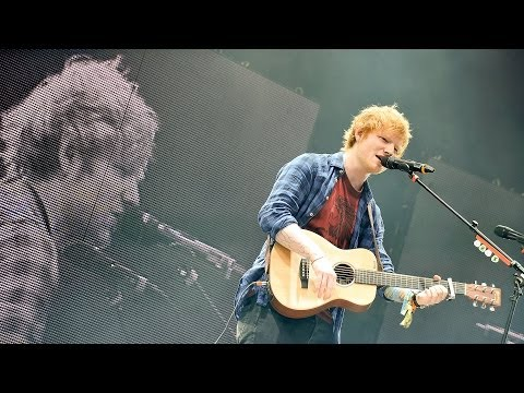 Baixar Ed Sheeran - Sing at Glastonbury 2014