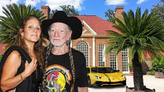 Willie Nelson's Lifestyle ★ 2020