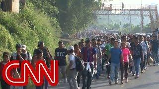 Trump warns caravan of immigrants heading to US