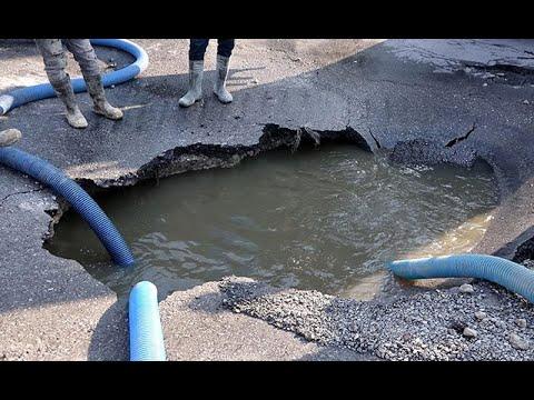 Bayram Tatilinde Nüfusu 1 Milyona Çıkan Kuşadası'nda Atık Su Hattı Aşırı Tüketime Dayanamadı Patladı