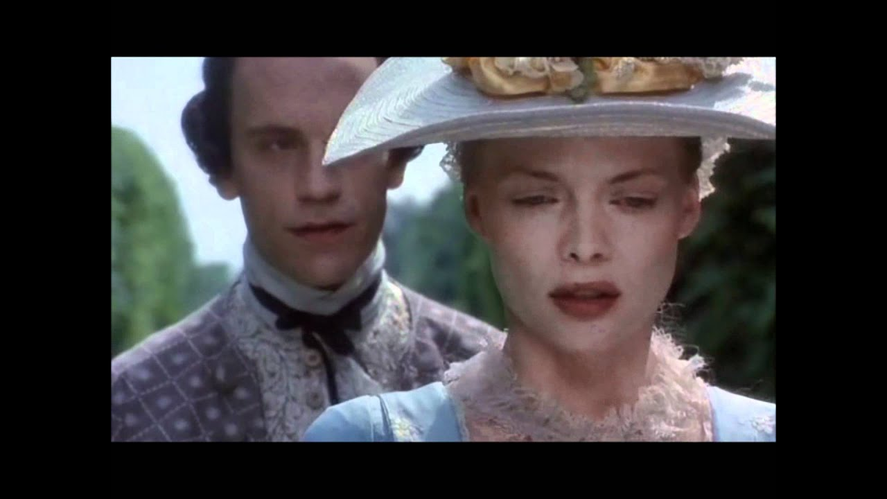 John Malkovich as Vicomte de Valmont, Dangerous Liaisons ...