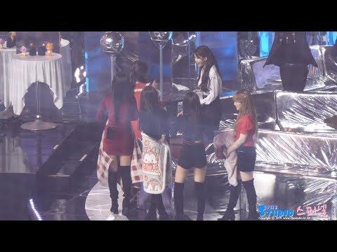 171202 아이유에게 인사하는 레드벨벳 직캠 IU, Red Velvet fancam by Spinel