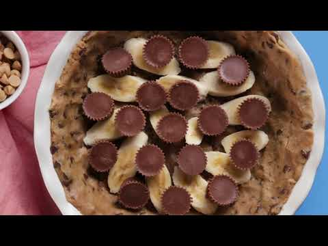 Impress Your Guests With These Easy To Make Cookie Pies