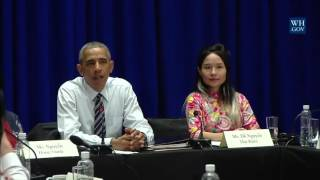 Mai Khoi meets President Obama to talk rights and freedom of artistic expression (2016)