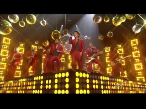 Baixar Bruno Mars - Treasure - Live At The Billboard Music Awards 2013 (1080p HD)