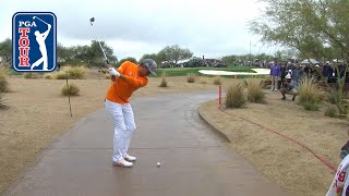 Rickie Fowler's up-and-down from cart path | Waste Management 2019