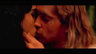 Colin Farrell sexy kissing scenes