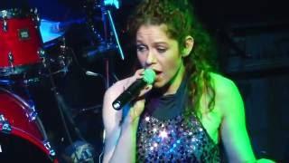 Bekijk video 2 van Blend It op YouTube