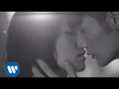 李榮浩 Ronghao Li - 不搭 Unsuited (Official 高畫質 HD 官方完整版 MV)