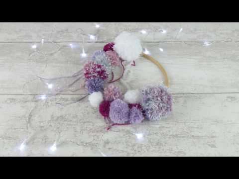 Pompom wreath how to by Black Sheep Wools