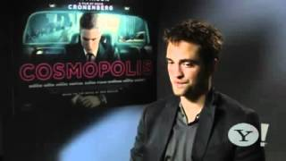 Robert Pattinson shows his unusual party trick