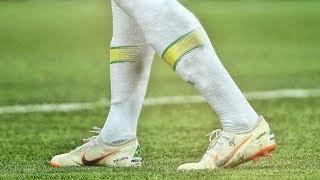 Neymar Jr | Crazy Dribbling Skills & Tricks 2017 - 2018 | HD