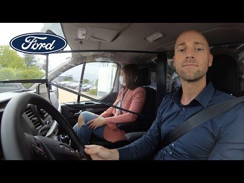 Nye beskyttelsesskjold for fysisk avstand inne i kupéen   Ford Norge