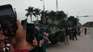 Trực tiếp : Tổng thống KIM và đoàn xe 100 chiếc hộ tống