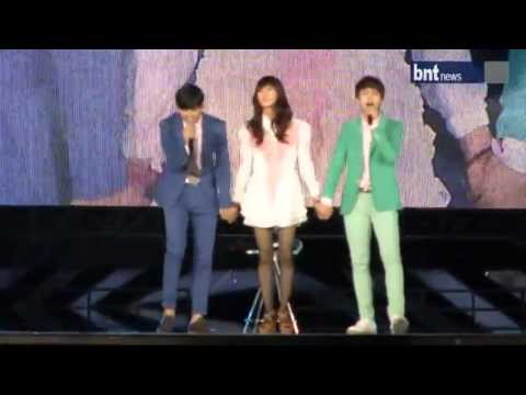[120818] Kyuhyun & Changmin Duet With Pretty Taemin 'Just The Way You Are'