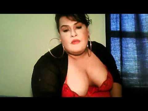 Big tits shemale blowjob