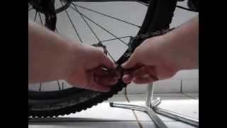 Bikers Rio Pardo   Vídeos   Uma ferramenta caseira para ajudar no reparo da corrente da bike