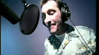 (HQ) Tom Kenny Recording a classic song as SpongeBob