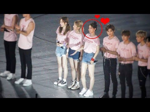 YOONA My Love So Very Happy Cute For Day 3 @ SMTOWN LIVE World Tours in osaka