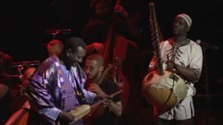 Seckou Keita - Seckou Keita + Bassekou Kouyaté - Al Ajahleh (feat. The Orchestra of Syrian Musicians)