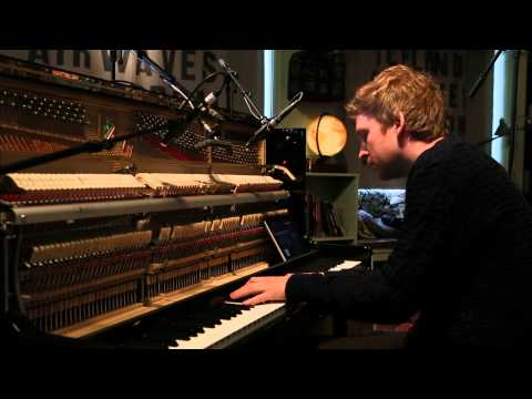 Ólafur Arnalds - Full Performance (Live on KEXP)