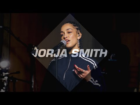Jorja Smith - TLC cover 'No Scrubs' | Fresh FOCUS Artist Of The Month