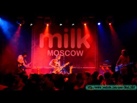 7раса - Ты или Я (MILK MOSCOW 20.04.2012)