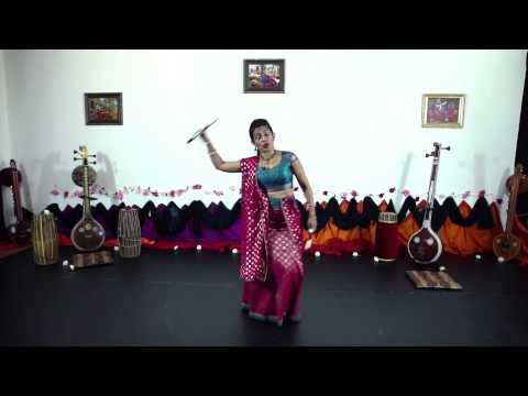 Lufthansa Move With Us campaign - Dandiya Raas tutorial