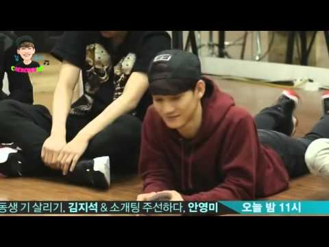 Chen & EXO cute moment