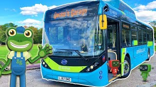 Bus Videos For Children   Gecko's Real Vehicles