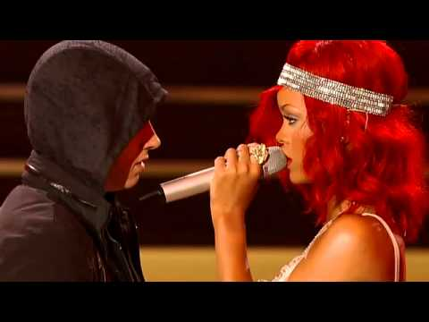 Baixar Rihanna - Love The Way You Lie ft. Eminem(Part 2) .flv