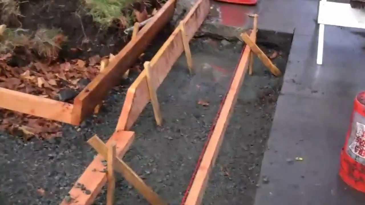 Veterans Concrete Driveway Curb Gutter Forms Youtube