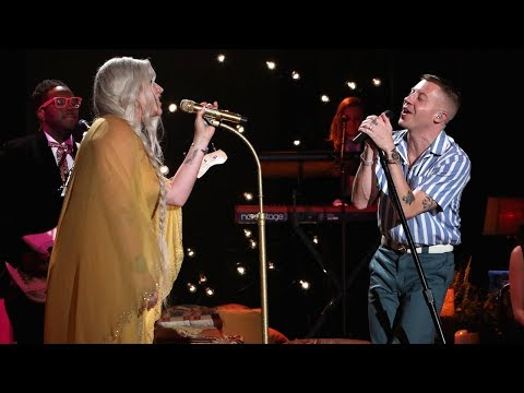 Macklemore & Kesha Perform 'Good Old Days'
