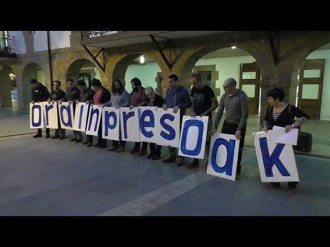 Presoen eskubideen aldeko martxa opsatu zuten lazkaon ostiralean