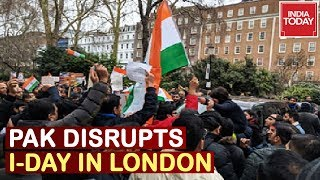 Pak goons attack NRIs celebrating I-Day in London..
