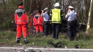 NRWspot.de | Iserlohn-Sümmern – Rettungswagen stürzt bei Unfall auf die Seite