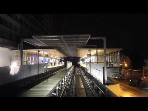 Vancouver SkyTrain - Yaletown to YVR in 1 minute!
