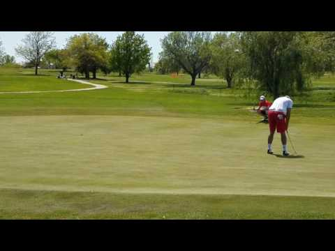 Key putts during final round of SCGA Two-Person Scramble(1)