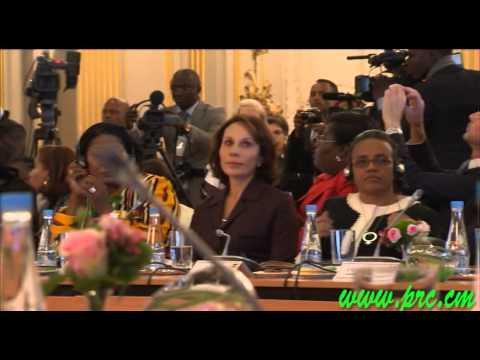 LES PREMIERES DAMES D'AFRIQUE ET Mme Valerie Trierweiller se mobilisent contre les violences faites aux femmes