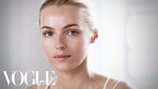 How to Get Sun-kissed Skin Makeup Tutorial with Wendy Rowe - The Monday Makeover - Vogue