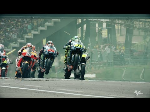 Mugello Fans CantStop Supporting Valentino Rossi | One Obsession - Oakley