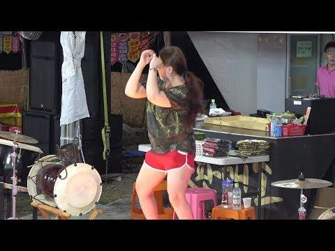 품바@삼식이 공연 도중~외국미녀들의 섹시 댄스 ㅎㅎ/월포 해수욕장