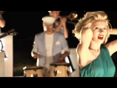 Meyra - Kalbim Bir Pusula / Orjinal Video Klip 2011