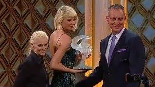 Taylor Swift wins ''Taylor Swift Award''