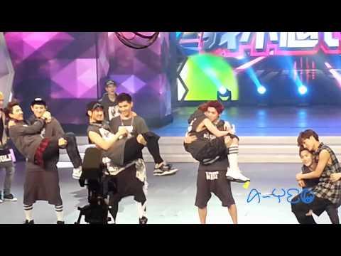 [130604 EXO HAPPY CAMP] 惩罚☞深(gong)蹲(zhu)抱