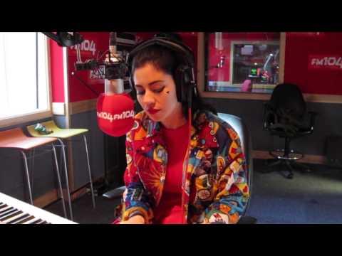 MARINA & THE DIAMONDS - 'How To Be A Heartbreaker' - FM104