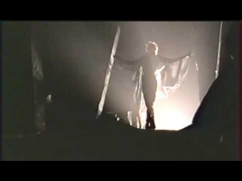 1. L'Horloge - Mylène Farmer (En Concert 89)