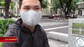 Xử phạt việc không đeo khẩu trang khi ra đường (VOA)