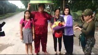 Diễn viên Hoàng Mập kỷ niệm ngày cưới với vợ và con gái tại phim trường
