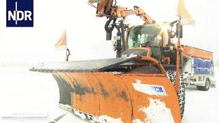 Einsatz im Schnee - Wintereinbruch im Norden  | Die Nordreportage | NDR